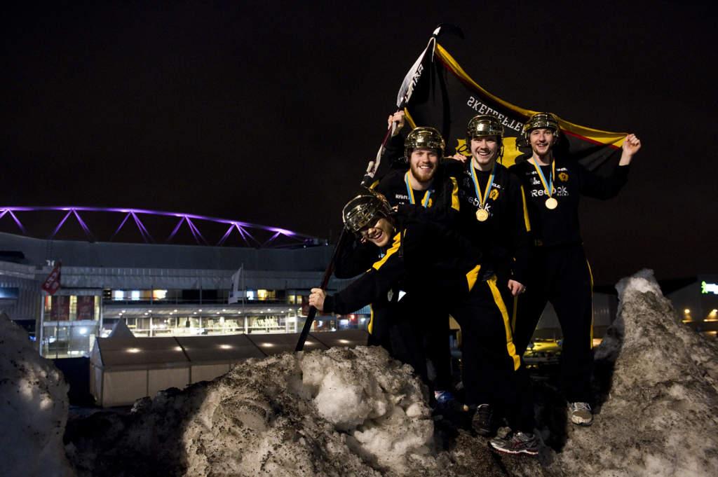 elitserien, sm-slutspel final 4. luleå hockey - skellefteå aik, 0 - 4, viktor arvidsson, oscar lindberg, petter emanuelsson och melker karlsson, ishockeyspelare sverige skellefteå, glad jublar